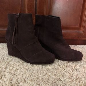 TOMS Brown Suede Wedge Boots Sz 9W